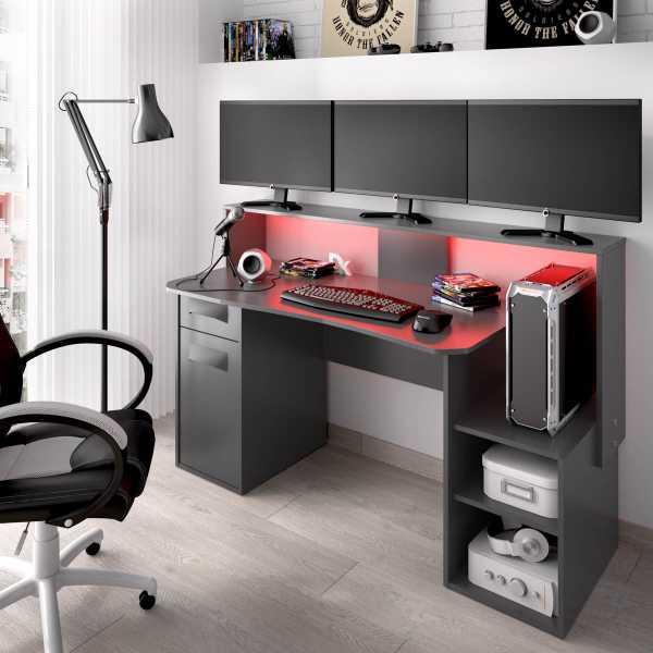 escritorio gaming con leds 10