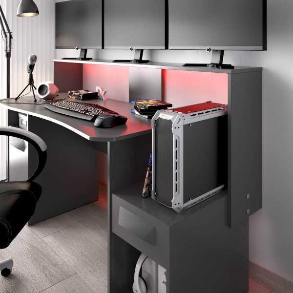 escritorio gaming con leds 11