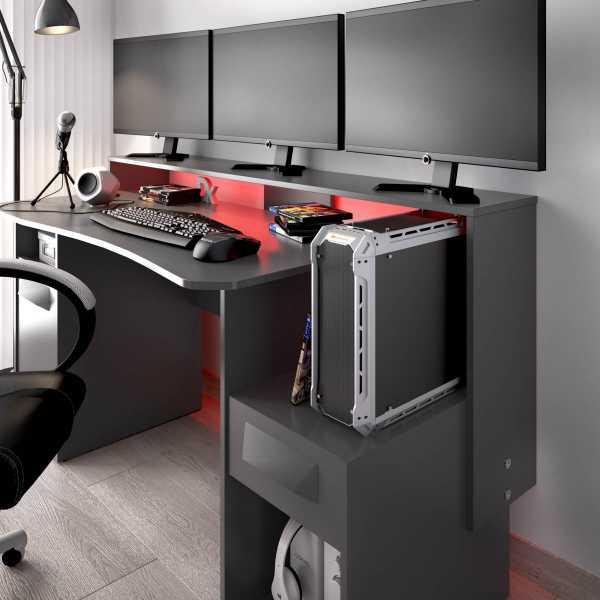 escritorio gaming con leds 13