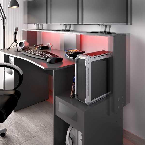 escritorio gaming con leds 17