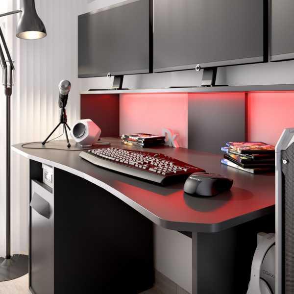 escritorio gaming con leds 6