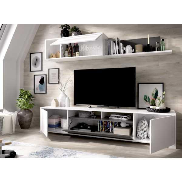 salon tv con puertas y estante a pared 11